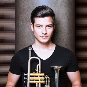 21.12.14 christmaseve-trumpet-top